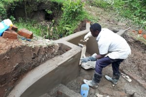 The Water Project: Mbande Community, Handa Spring -  Spring Protection Construction