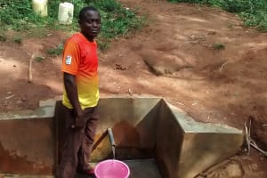 The Water Project: Emabungo Community, Bondeni Spring -  Maurice Acheka