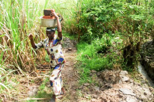 The Water Project: Luvambo Community, Tindi Spring -  Carrying Bricks To The Artisan