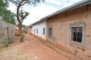 The Water Project: Katuluni Primary School -  Gutter System