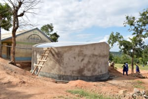 The Water Project: Ndaluni Primary School -  Finished Tank And Gutter System