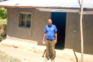 The Water Project: Ivinzo Commuity, Mushianda Spring -  A Household That Uses The Spring