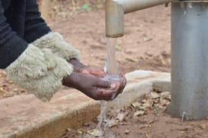 The Water Project: Nzung'u Community B -  Reliable Water