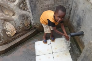 The Water Project: Lutari Community -  Reliable Water