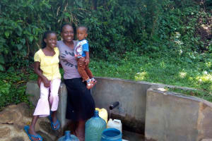 The Water Project: Shikhambi Community, Daniel Inganga Spring -  Rice Russel And Sarah Opanga