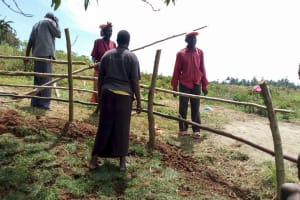 The Water Project: Mungaha B Community, Maria Spring -  Building The Fence