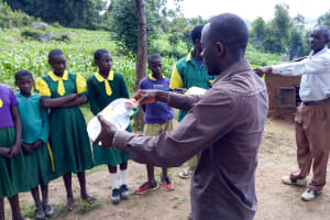 The Water Project: Gemeni Salvation Primary School -  Training Solar Disinfection