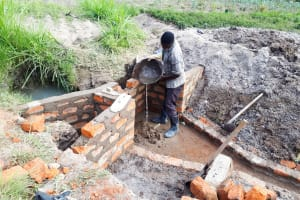 The Water Project: Luyeshe Community, Matolo Spring -  Construction