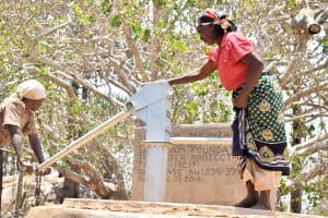 The Water Project: Ikuusya Community A -  Finished Well