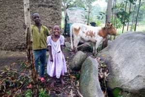 The Water Project: Bukhaywa Community, Asumani Spring -  Children At Home