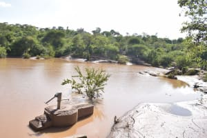The Water Project: Kithuluni Community C -  Well And Dam