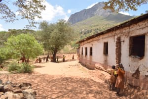The Water Project: Maviaume Primary School -  Classroom