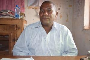 The Water Project: Murwana Primary School -  Isaac Kariuki