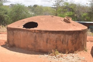 The Water Project: AIC Mbao Primary School -  Broken And Decomissioned Rainwater Tank