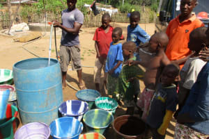 The Water Project: Mapitheri, Port Loko Road -  Water