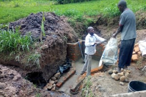 The Water Project: Ivinzo Commuity, Mushianda Spring -  Spring Construction
