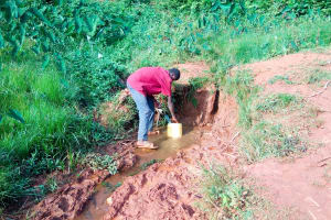 The Water Project: Shisere Community, Richard Okanga Spring -  Carrying Water