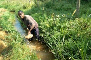 The Water Project: Emaka Community, Ateka Spring -  Digging Drainage