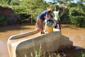 The Water Project: Utuneni Community C -  At The Well