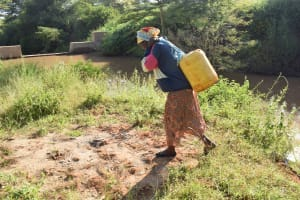 The Water Project: Utuneni Community C -  Carrying Water