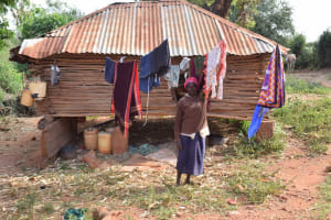 The Water Project: Utuneni Community C -  Clothesline