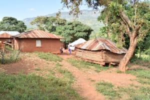 The Water Project: Utuneni Community C -  Homestead