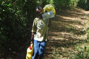 The Water Project: Shamiloli Community, Kwasasala Spring -  Cominty To Fetch Water