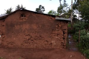 The Water Project: Friends Primary School Givogi -  Mud Classroom