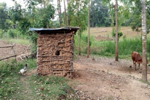 The Water Project: Buhayi Community, Nasichundukha Spring -  Latrine