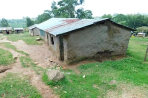 The Water Project: Kosiage Primary School -  Mud Classrooms