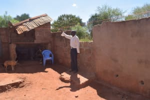 The Water Project: Mukuku Community A -  Clothesline