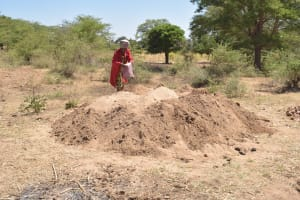 The Water Project: Kaukuswi Community A -  Sand Collected For Construction