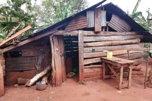 The Water Project: Kikube Nyabubale Community -  Kitchen