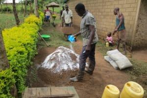 The Water Project: Mukangu Community, Lihungu Spring -  Construction