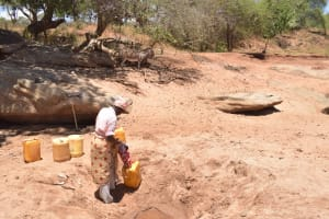 The Water Project: Kathonzweni Community -  At The Scoop Hole