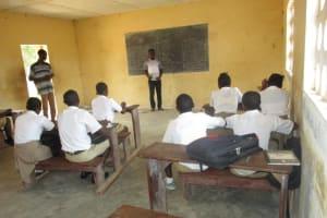 The Water Project: Lungi, Komkanda Memorial Secondary School -  Students In Class Room