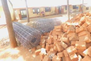The Water Project: Ichinga Muslim Primary School -  Construction Materials