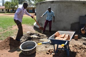 The Water Project: Mabanga Primary School -  Many Hands Make Light Work
