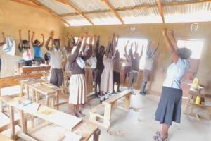 The Water Project: Ichinga Muslim Primary School -  Energizing Exercise