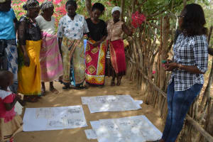 The Water Project: Mbau Community B -  Training Discussions