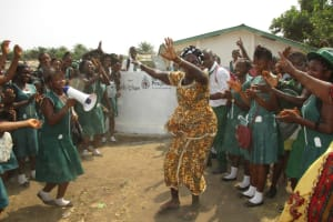 The Water Project: UBA Senior Secondary School -  Dancing At The Dedication
