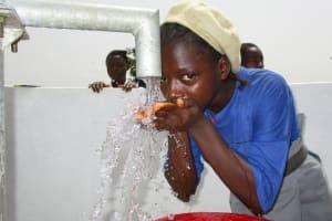 The Water Project: Rowana Junior Secondary School -  Students Drinking Water