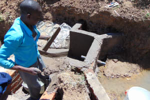 The Water Project: Mukhuyu Community, Kwakhalakayi Spring -  Spring Construction