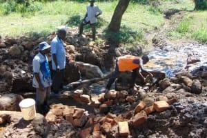 The Water Project: Sichinji Community, Makhatse Spring -  Construction