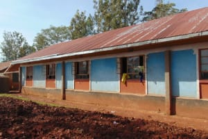 The Water Project: Essongolo Primary School -  Gutter System