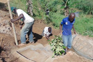 The Water Project: Musango Community, Mushikhulu Spring -  Building A Fence
