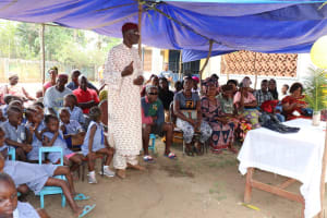 The Water Project: Mummy Ann's Pre-Primary School -  Pa Almamy Samba Dubumya Section Chief Lungi Makiing A Statement