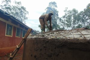 The Water Project: Kitumba Primary School -  Roof Construction