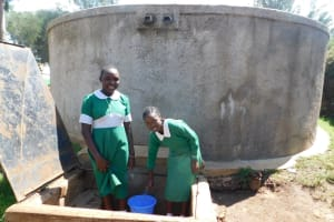 The Water Project: Erusui Girls Primary School -  Mercy Right Fetching Water