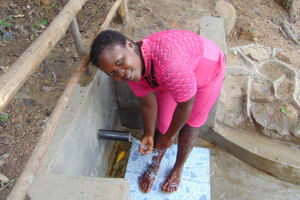 The Water Project: Eshiasuli Community, Eshiasuli Spring -  Cooling Down